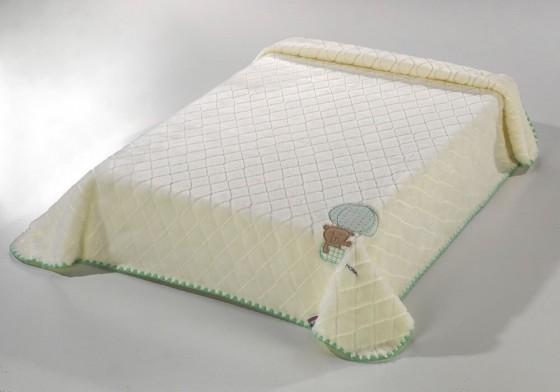 La couverture bébé brodée (110x140 cm)